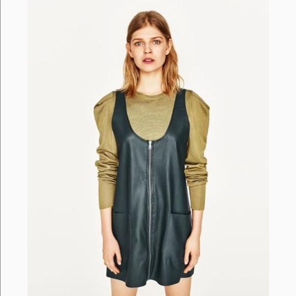 584093f7ea0 🌿NWT Zara Faux Leather Pinafore Zip Mini Dress